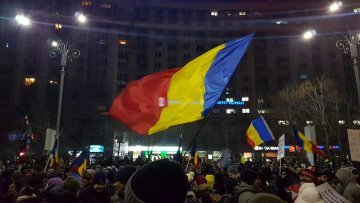 Democracy under Pressure – Romania: between conspiracies and abuses